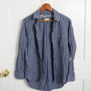 MADEWELL SMALL JEAN CHAMBRAY BUTTON DOWN TOP